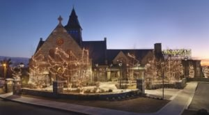 This Old Chapel In Rhode Island Is Now One Of The Most Beautiful Restaurants In The World