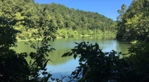Black Bass Lake In Arkansas Is So Hidden Most Locals Don't Even Know About It