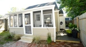 Enjoy A Weekend Getaway At Salt Box Cottage, A Historic 90-Year-Old Cottage In Delaware