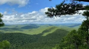 Flatside Pinnacle And The Ouachita Trail Might Be One Of The Most Beautiful Short-And-Sweet Hikes To Take In Arkansas