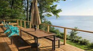 This Airbnb Perched On An 80-foot Cliff Offers One Of The Dreamiest Water Views In Maryland