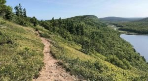 Escarpment Trail Is A Challenging Hike In Michigan That Will Make Your Stomach Drop