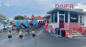 Indulge In A Hearty Helping Of Nostalgia With A Tasty Meal At The Broadway Diner In Missouri