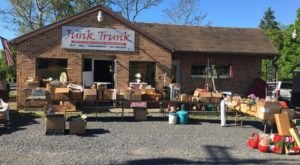 The Junk Trunk's Vintage Vinyl Collection Draws Shoppers To Fairmont, West Virginia