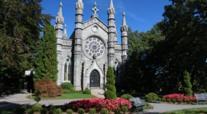Bigelow Chapel Is A Pretty Place Of Worship In Massachusetts