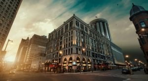 Stay Overnight In A Hotel Built In 1893 That's Said To Be Haunted At The Pfister In Wisconsin