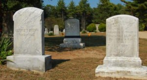 You Won't Want To Visit This Notorious Rhode Island Cemetery Alone Or After Dark