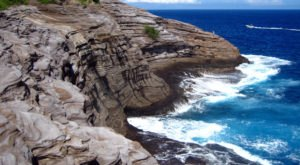 Spitting Cave Is The Unique Geological Wonder In Hawaii You Have To See To Believe