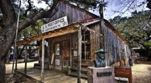 Luckenbach General Store In Texas Will Transport You To Another Era