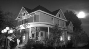 Mitchell Is Allegedly One Of Indiana's Most Haunted Small Towns