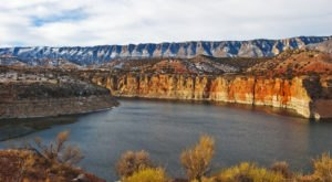 The Beautiful Bighorn Canyon Straddles Wyoming And Montana And Is Perfect For A Day In The Backcountry