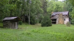 The Town Of Little Greenbrier In Tennessee Is A Ghost Town You Can Hike To In The Smoky Mountains