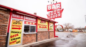 Drinking At Wyoming's Smallest Dive Bar Is One Of The Most Authentic Cowboy State Experiences You Can Have