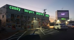Snappy Burger Is A Drive-Thru Burger Joint In Nevada Where You Can Park And Watch Movies While You Eat