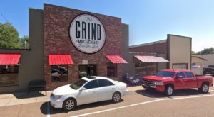 Your Whole Family Will Love The Massive Burgers And Milkshakes At The Grind Mac And Cheese And Burger Bar In Tennessee