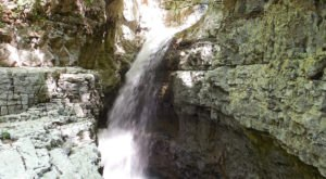 Discover An Enchanting Hidden Waterfall While Exploring Alabama's Walls Of Jericho Trail