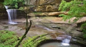 Starved Rock State Park Is A Scenic Outdoor Spot In Illinois That's A Nature Lover's Dream Come True