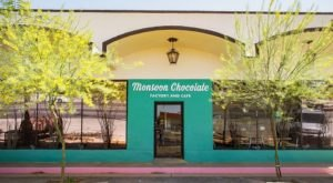 There's A Chocolate Bar In Arizona And It's Just As Heavenly As It Sounds