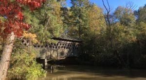 Here Are 7 Of The Most Beautiful Georgia Covered Bridges To Explore This Fall