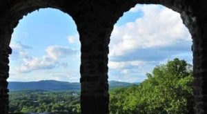 The Poet's Seat Trail In Massachusetts Is So Well-Hidden, It Feels Like One Of The State's Best Kept Secrets