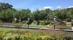 The Ewing and Muriel Kauffman Memorial Garden Is A Fascinating Spot in Missouri That's Straight Out Of A Fairy Tale
