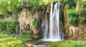 Spearfish Falls Trail Is A Low-Key South Dakota Canyon Hike That Has An Amazing Payoff