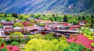To Celebrate Their Re-Opening, Glenwood Springs Will Pay Tourists $100 To Visit The Charming Colorado Town
