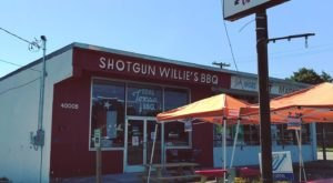 The Brisket At Shotgun Willie's BBQ Was Voted Best In Nashville, And You Need To Add It To Your Bucket List