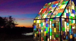 The Colorful Kaleidoscope House In Florida Is Even More Stunning At Night