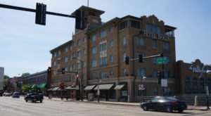 Stay Overnight At Hotel Baker, An Allegedly Haunted Hotel In Illinois