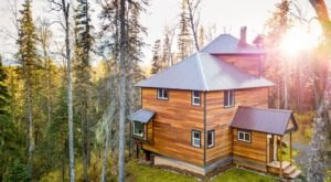 Ramp Up This Year's Winter Fun In Alaska When You Stay At This Stunning Inn In The Woods