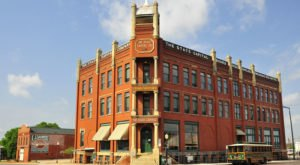 Reader's Digest Just Recognized Guthrie, Oklahoma For Its Beautiful Architecture