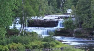 Tahquamenon Falls Is A Fascinating Spot in Michigan That's Straight Out Of A Fairy Tale