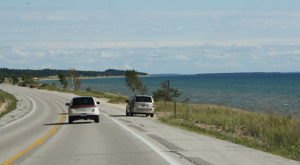 Everyone In Michigan Should Take This Underappreciated Scenic Drive