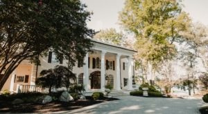 Stay In One Of The Most Beautiful Mansions In Tennessee, The Estate At Cherokee Dock