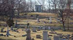 Home To P.T Barnum's Grave, Connecticut's Mountain Grove Cemetery Is Rumored To Be Full Of Paranormal Activity