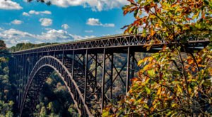 The Exhilarating Bridge Walk In West Virginia That Everyone Must Experience At Least Once