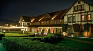 Stay Overnight In A 109-Year-Old Hotel That's Said To Be Haunted At Glen Tavern Inn In Southern California