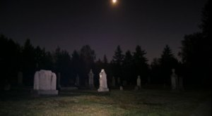Black Diamond Cemetery Is One Of Washington's Spookiest Cemeteries