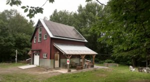 You Can Spend A Very Hoppy Night In The Cottage Above This Community Brewery In Maine
