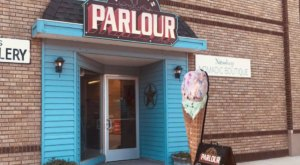 Dutton's Parlour In North Dakota Is A Soda Fountain, Restaurant, And Coffee Shop All In One