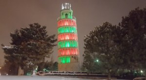 The Leaning Tower Of Niles In Illinois Just Might Be The Strangest Tourist Trap Yet
