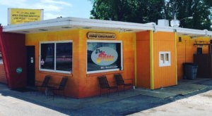 Enjoy A Movie And Homemade Barbecue At The Pitts, A Backyard BBQ Joint In Virginia You'll Love