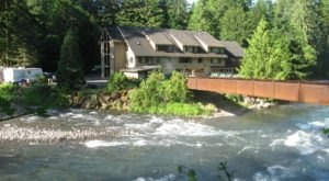 Soak In The Hot Springs And Stay Overnight At Belknap Hot Springs Resort In Oregon