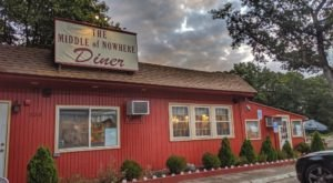 Middle Of Nowhere Diner In Rhode Island Is Always Worth The Drive