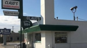One Of The Smallest Restaurants In Oklahoma, Claud's Hamburgers, Grills Up One Of The Best Burgers In The State