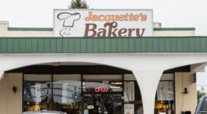 Cure That Sugar Craving With Some Of The Best Donuts Around At Jacquette's Bakery In Pennsylvania