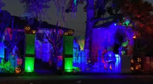 For Eight Years People Have Been Pulling Over To Check Out This Spooktacular Roadside Display In Arizona