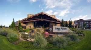 Golf, Dine, And Try Your Luck At Three Rivers Casino In Florence, Oregon