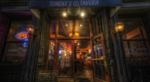 Sip Wine And Mingle With Ghosts At Tondee's Tavern, A Famous Haunted Bar In Georgia